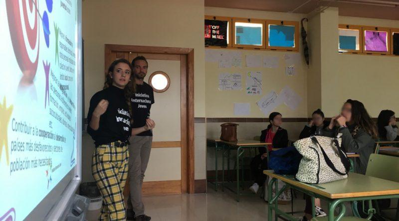Charla de voluntariado al Instituto Sierra de Yeguas